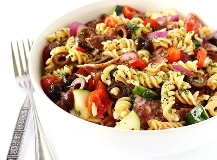 Ensalada de pasta italiana sin gluten